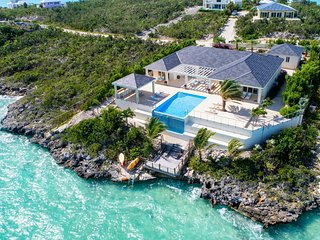 Stunning Waterfront Home on Crystal Clear Blue Water