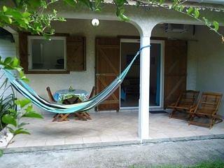 Ti-Soleil, location de vacances a 400 m de la plage du Helleux a sainte Anne