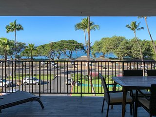 Stunning Ocean Views From Living Room & Lanai Overlooking Kamaole III Beach