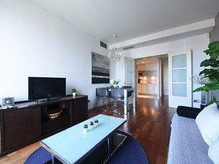 One bedroom Plaza Cataluna views B146
