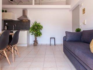 Special Offers: Drakatos apartment1 with beautiful views in Vasiliki, Lefkada