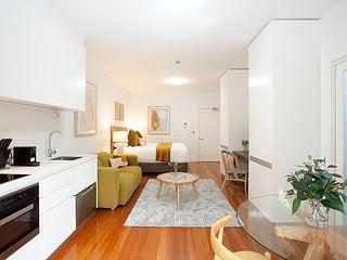 Leafy and Tranquil Inner West Studio Apartment
