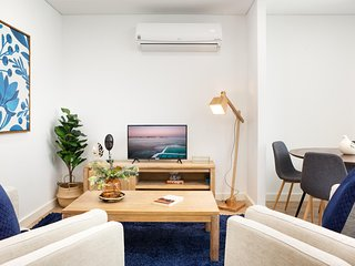 Ultra Modern Studio Suite With Balcony Near Shops