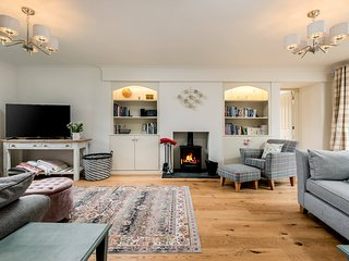 Hillside is a beautiful holiday retreat in the picturesque village of Naunton.