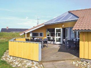 Nice home in Hvide Sande w/ Sauna, WiFi and 5 Bedrooms (P62943)