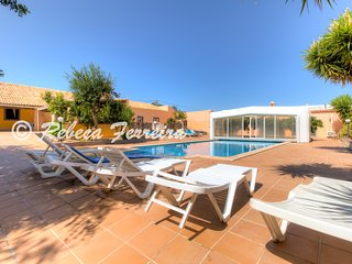 Countryvilla- con 7 dormitorios, piscina cubierta de agua salada