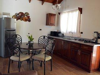 Villas San Fernando - Villa Caroline - Cerca de Dominical