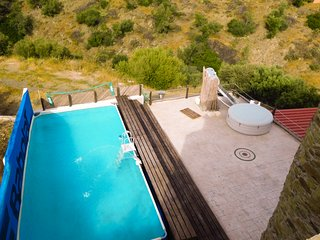 Saronic Citadel: A dream castle in Salamina w/ pool. Breakfast/ meals (optional)