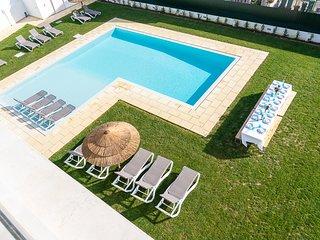 Villa Mena - New!