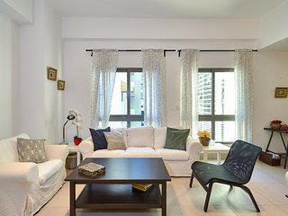 Panorama F6 · King Bed 1BR apt | Jacuzzi & ROOF TOP SDQRentals
