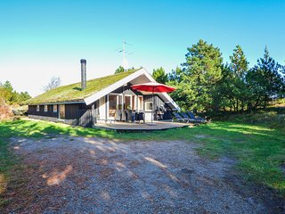 Beautiful home in Rømø w/ Sauna, WiFi and 4 Bedrooms (R10283)