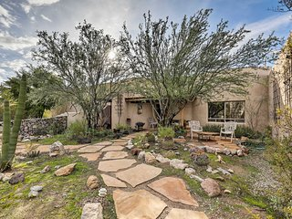 Tucson House - 3400 Sq Ft on Beautiful Private Acre!