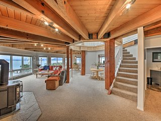 Lakefront Home w/ Dock & Hot Tub Near Schweitzer!