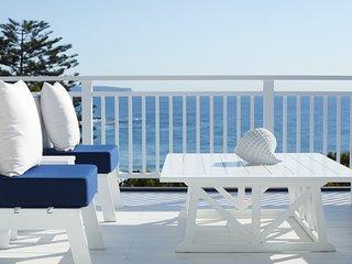THE WHITE HOUSE - Whale Beach, NSW