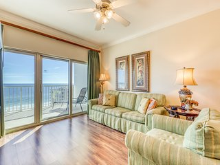 Gulf view condo w/ outdoor & indoor pools, hot tub, lazy river & beach access!