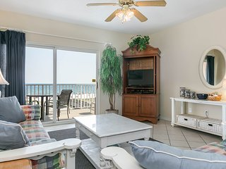 Gulf front, corner condo w/ a private balcony plus a shared beachside pool