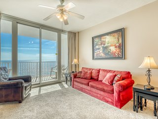 Gulf-front condo w/ access to indoor/outdoor pools, hot tubs & fitness center!