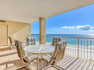 Gulf front condo w/ shared pools, hot tub, gym, & tennis - great for groups!