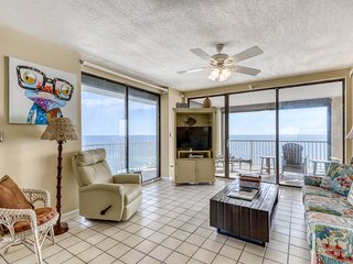 Gulf-front condo in a beachside high-rise w/ shared pools, hot tub, & tennis