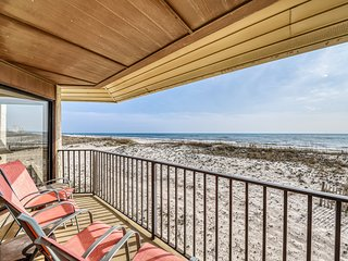 Beachfront home on the dunes w/ amazing Gulf views & shared pool!