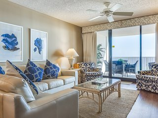 Gulf front condo w/ unobstructed beach views - shared pools, hot tub, & tennis