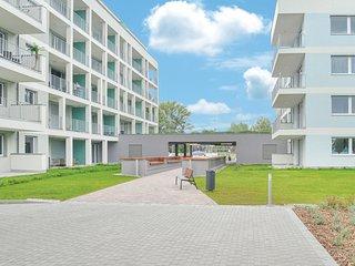 Nice apartment in Balatonlelle w/ WiFi and 2 Bedrooms (UBF888)