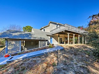 NEW! Southern Shores Family Home <1 Mile to Beach