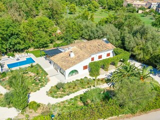 Villa Roca Verde with private POOL,TERRACE & LUSCIOUS GARDENS