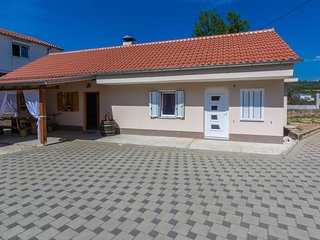One bedroom apartment Sukošan (Zadar) (A-17965-a)