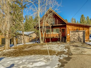 NEW LISTING! Beautiful home in the woods, close to golf, hiking, and skiing