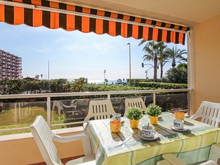 Awesome apartment in Torrevieja w/ Outdoor swimming pool, WiFi and Outdoor swimm