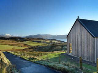 Skye Lair - five star, luxury home with Scottish-Scandi ambience