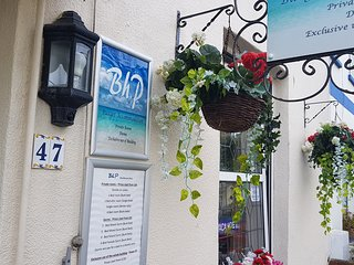 BhP - Sleeps 22 - Self Catering Accommodation - Close to Beach