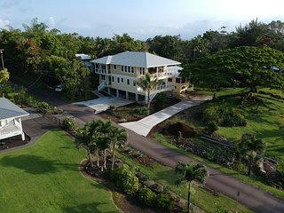 Best Hilo Beach Park House. 3,600 sq. ft. Sleeps 20. New at Richardson's Beach
