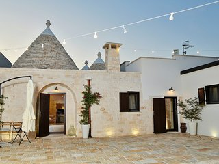 Stylish Trulli with Panoramic View in Puglia
