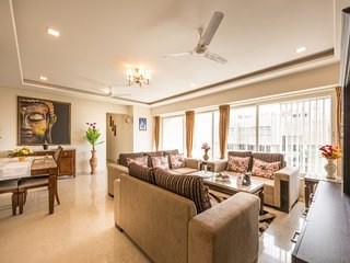 The Grand Colossal Suite 6 BHK in Malad East