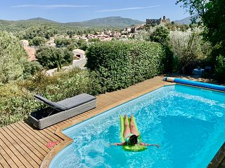 Four bedroom villa in Languedoc with private pool and stunning views!