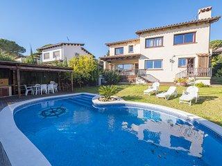 OP HomeHolidaysRentals Niza - Costa Barcelona