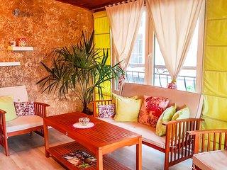 Welcoming Studio With Chic Winter Garden Terrace