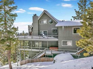 7 Bedroom 4 Bath Private Heavenly Ski Chalet with Outdoor Hot Tub and Game Room