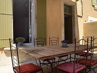 Duplex 130m2 parking terrasse a St Remy de Provence