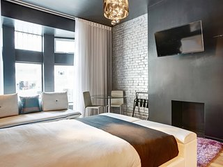 303 Studio Terace Downtown Drummond Golden Distr feel like a boutic hotel