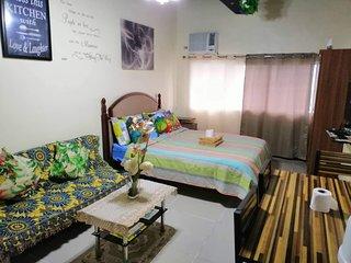 COZY/HOMEY condo near SM city