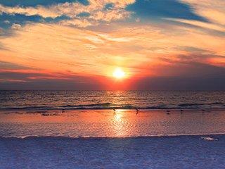 Treasure Island Beach Retreat Sleeps Up To 6