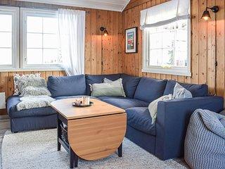 Beautiful home in Sjusjoen w/ 3 Bedrooms (N31920)