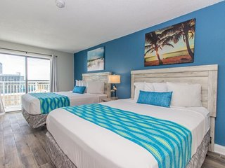 Ocean View Suite Sleeps 4~New Floors & Appliances~Sea Mist 51203
