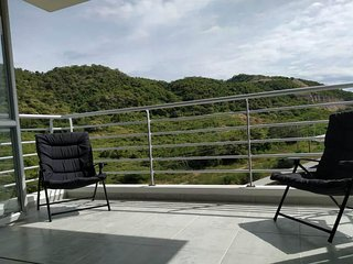 3 bedroom apartment with pool and balcony to the mountains in exclusive area!