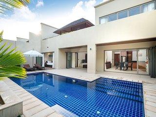 Luxury & Comfort * BangTao | Garden, Pool, Parking