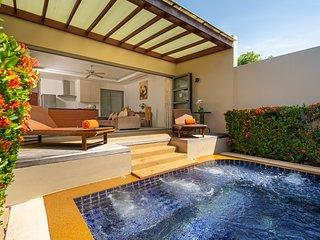 Plunge Pool Villa for 2 - Beach Parking