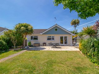 Blue Gables In Bembridge, Popular 3 Bedroom Bungalow